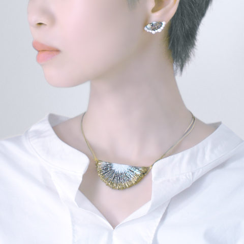 Ceramic art accessory 千花